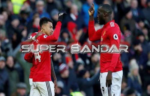 Manchester United Pantas Menang Telak atas Crystal Palace