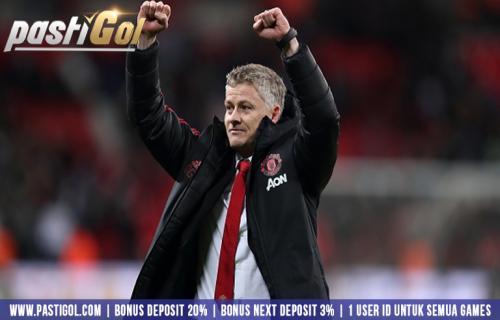 Solskjaer Bagikan Kredit Ke Semua Fans Manchester United Karna Menang pertandingan Perdananya