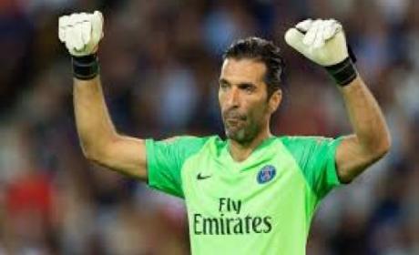 Tolak Kontrak Baru, Buffon Ingin Pulang ke Juventus