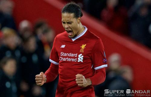 van Dijk Bek Terbaik Liverpool