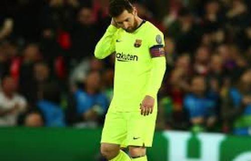 Messi di ejek seluruh fans Barca