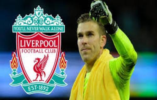 Adrian hijrah ke Liverpool untuk menggantikan Simon Mignolet