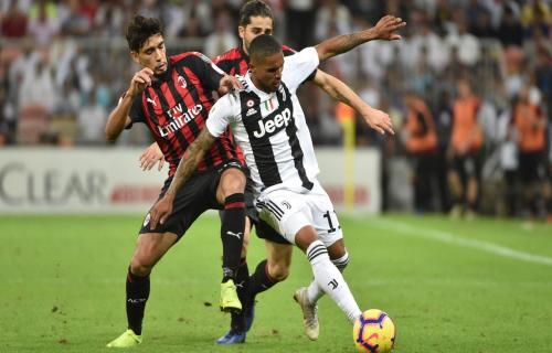 Paolo Scaroni Ucap Juventus Belum Dapat Menyaingi AC Milan